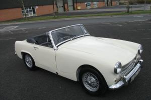 Austin Healey Sprite (simiar to) MG Midget 1967, Wire Wheels, Chrome Bumpers