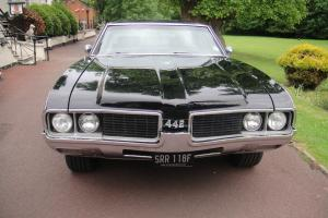OLDSMOBILE 442 HOLIDAY COUPE 1969 BLACK AUTO 7.5 LITRE V8 IN EXCELLENT CONDITION