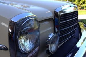 Mercedes-Benz : 300-Series 4 dr