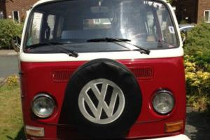 1971 Volkswagen VW Camper - early bay window - low light, tin top