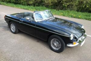 1976 R MG B MGB 1.8 Twin SU Carbs Sports Roadster Manual Over/Drive Convertible Photo