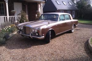 Bentley T1 1969 Standard Saloon - Sand Over Sable - Mot Mar 2015