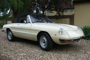 1972 Beige Alfa Romeo Spider S2. ** Lovely Condition. ** Long MOT.