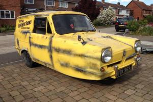Reliant Regal Supervan 3, Delboy Van, Del Boy Trotter Van, III 21E VERY RARE! Photo