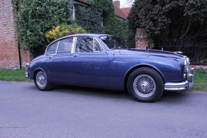 JAGUAR MK11 3.8 AUTOMATIC 1962 CLASSIC CAR FOR SALE IN UK. Photo