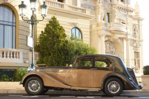 1939 Daimler Light Straight-Eight 4L - Pillarless Sport Saloon by Vanden Plas
