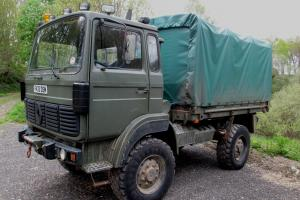 Renault TRM2000 4 x 4 Truck