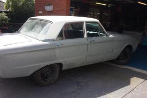 XM Ford Falcon Deluxe 1964 4D Sedan 3 SP Manual 2 8L Carb