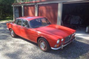Jaguar XJ6 4 2 1970 4D Sedan 3 SP Automatic 4 2L Carb