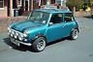 classic mini sidewalk 1275 Photo