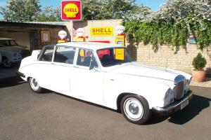 1988 Daimler DS420 Laundalette Wedding Car