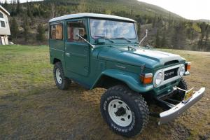 An exceptional low milage - rust free Landcruiser fj 40