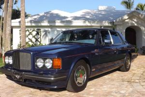Bentley Turbo R. Photo