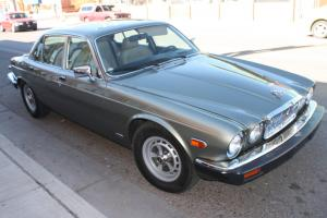1987 Jaguar XJ6 Vanden Plas-33k-mint condition-2 owners