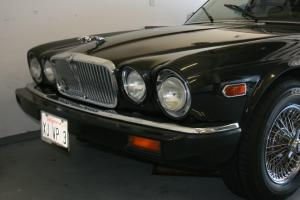 1982 JAGUAR XJ6 VANDEN PLAS --EXCEPTIONAL SPECIMAN-- BEAUTIFUL Photo