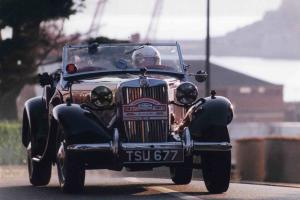 MG TD 1952 MIDGET 1250CC 2 SEATER CONVERTIBLE MAROON+BLACK CLASSIC CAR Photo