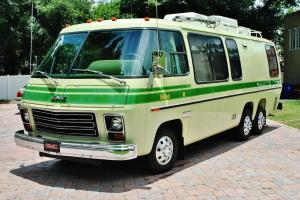 1976 GMC Motor Home 2 owner just 61,308 miles  original and mint its scary new