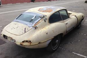 1967 JAGUAR E-TYPE COUPE. SERIES ONE. 4.2 LITERS. COMPLETE CAR FOR RESTORATION