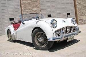 1961 Triumph TR3 Very Original Overdrive Transmission tonneau & convertible top