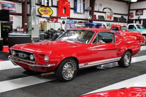 1967 Ford Mustang Base Fastback 2-Door 6.4L