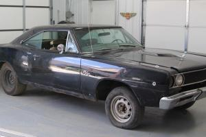 1968 Dodge Coronet R/T Black with GOLD interior Numbers Matching 440 Engine!! Photo