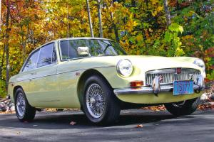 MINT CONDITION, COMPLETELY RESTORED. THIS CAR HAS WON MANY NATIONWIDE AWARDS! Photo