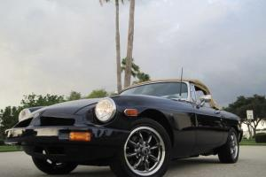 STUNNING 1976 MGB CONVERTIBLE FRESH RESTORATION UPGRADED 1.8 MOTOR RUST FREE Photo