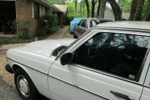 1983 Mercedes 240D  VERY LOW Mileage, NO RESERVE