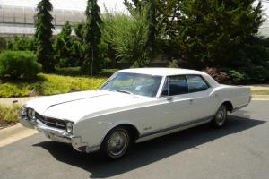 1966 Oldsmobile Delta 88 Holiday 7.0L