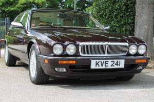 1996 DAIMLER DOUBLE SIX LWB GENTLEMANS SALOON ***Immaculate***