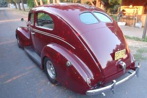 1939 FORD DELUXE 2DR SEDAN WITH FLATHEAD