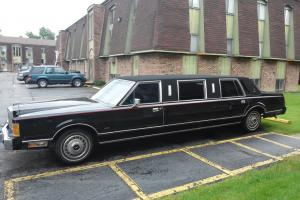 "limousine 89 Lincoln Town Car ""Beautiful"""