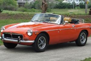 73~1973~MG~MGB~ROADSTER Photo
