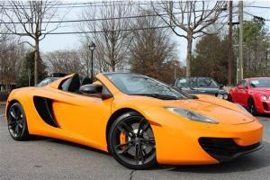 MCLAREN, MP4-12C, SPIDER, 616 HP, TONS OF CARBON, ALCANTARA
