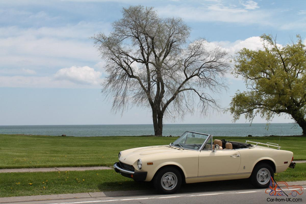 Fiat Spider Convertible White Yellow Italian Sports Car Automatic 1970