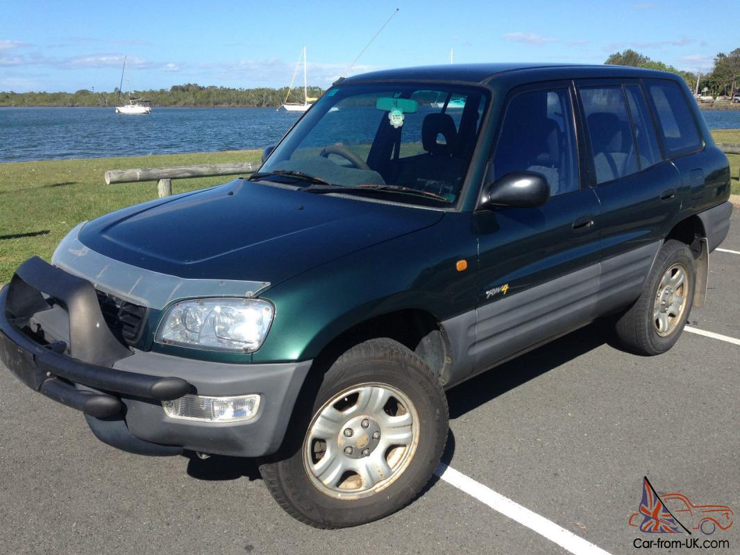 toyota rav4 4x4 1999 wagon manual 132000 kms great car no reserve. Black Bedroom Furniture Sets. Home Design Ideas