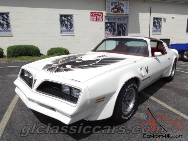 white over red smokey and the bandit trans am s match. Black Bedroom Furniture Sets. Home Design Ideas