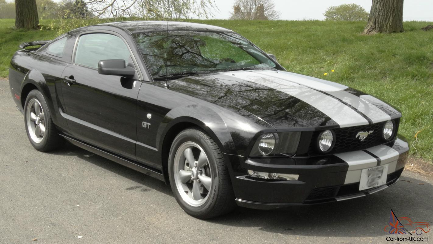 2005 ford mustang gt black manual roush mods borla exhaust. Black Bedroom Furniture Sets. Home Design Ideas