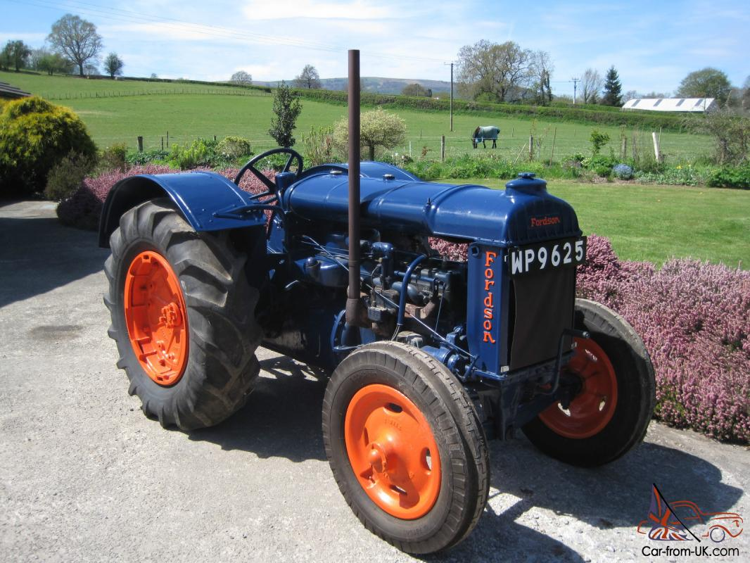 1935 Fordson Model N Vintage Tractor Water Washer Family