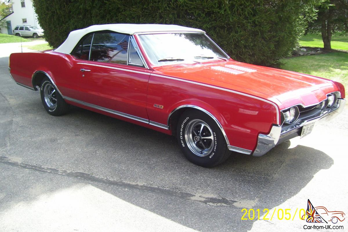 AN IMMACULATE CONDITION 1967 OLDS CUTLASS SUPREME
