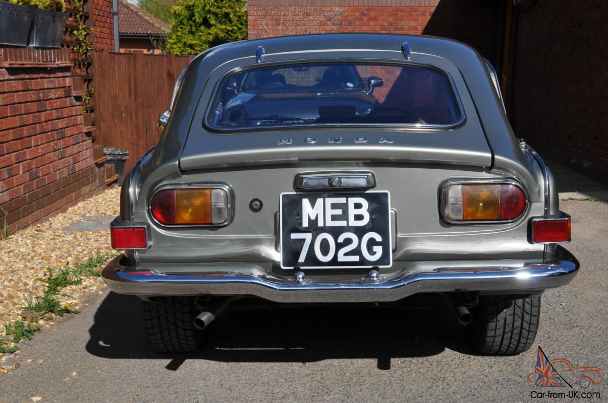 Honda s800 not mgb gt for Garage seat feignies