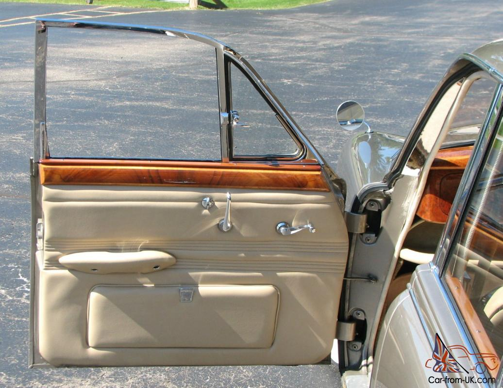 1965 s type jaguar saloon 4 door classic with right hand drive looks like new. Black Bedroom Furniture Sets. Home Design Ideas