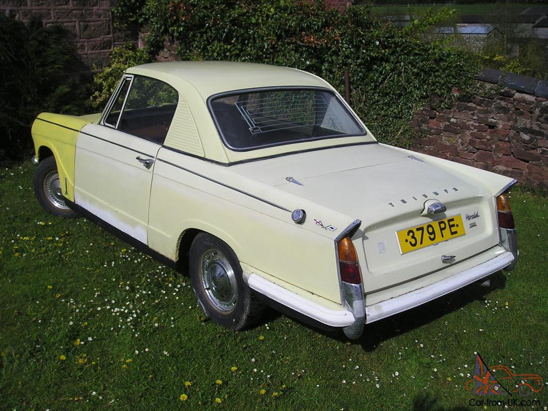 Populaire TRIUMPH HERALD 1200 COUPE CHERISHED NUMBER 379 PE KA07