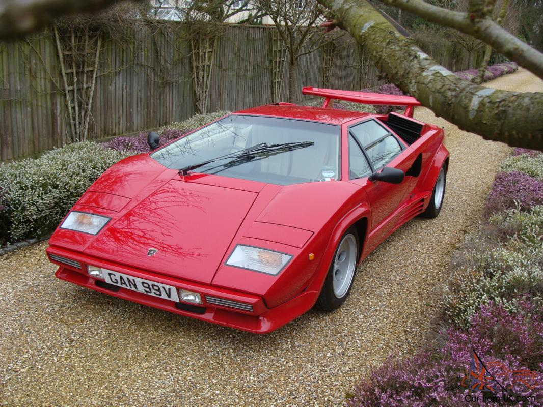 lamborghini countach 5000qv 1988 14000 miles from new red. Black Bedroom Furniture Sets. Home Design Ideas