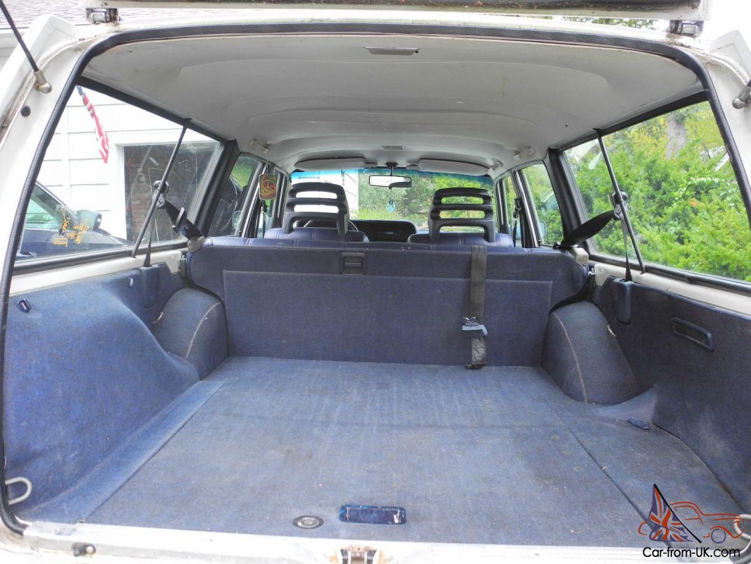 look inside this classic volvo 240 wagon no reserve. Black Bedroom Furniture Sets. Home Design Ideas