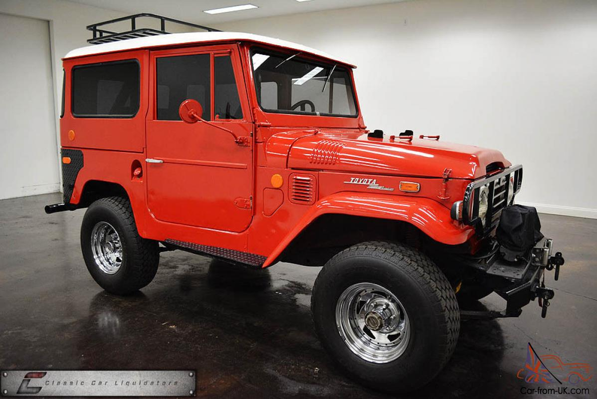 Off Road 4x4 TRD Four Wheel Drive Mud Truck Jeep Scout