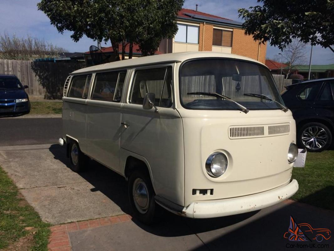 volkswagen kombi  light  narre warren vic