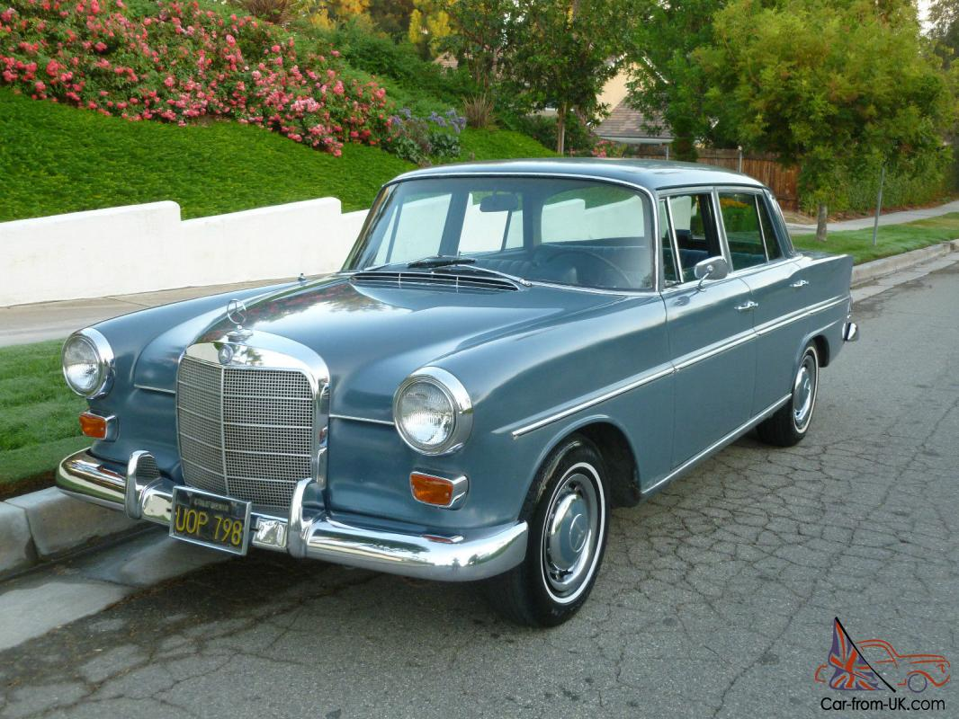 Mercedes benz 200 series lots of new chrome for Chrome mercedes benz