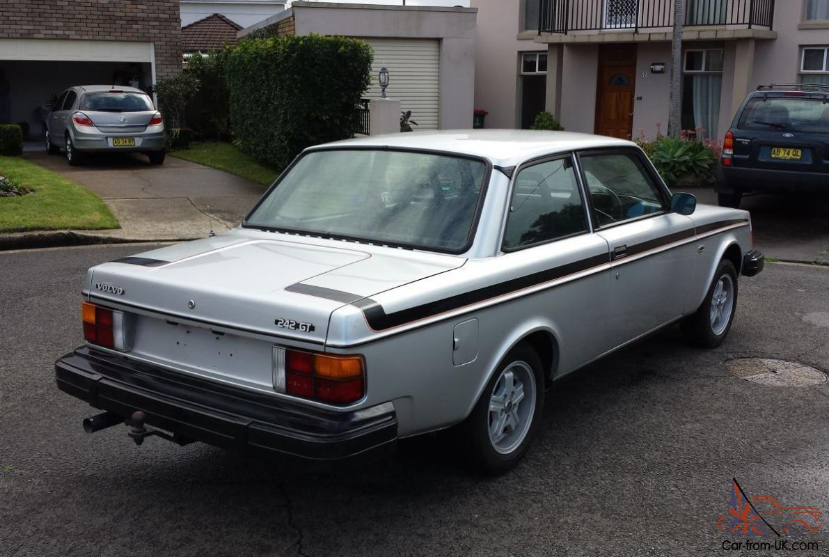 Collectable Volvo 242gt 1979 Stunning Example Manual 2