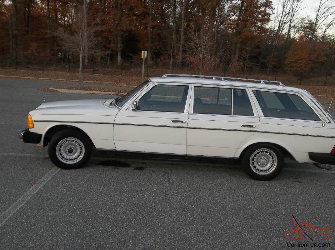 Mercedes benz 300 series station wagon for Mercedes benz wagons